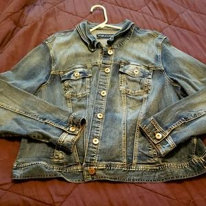 Maurices size 4 denim jean jacket